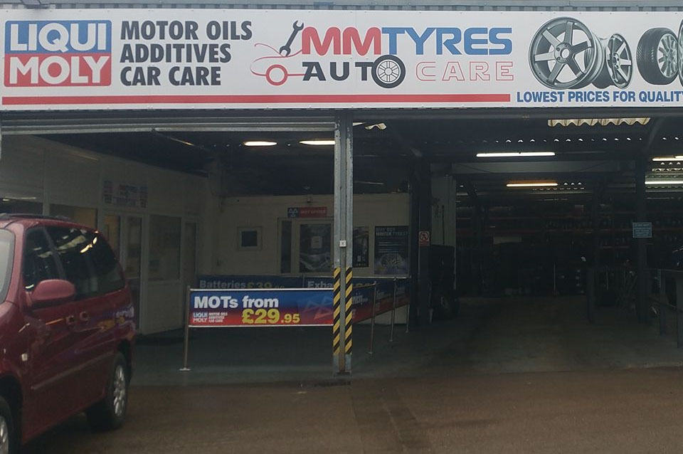 Front garage of MM Tyres Autocare - MOT,Servicing,Tyres & Air Con Northampton